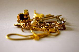 Καράτια Χρυσού, Διαμάντια και πολύτιμοι λίθοι.